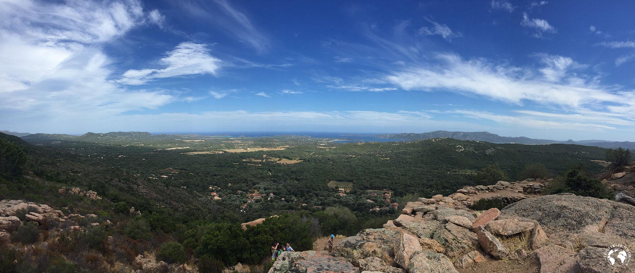 Un beau panorama depuis le Castellu d'Araghju