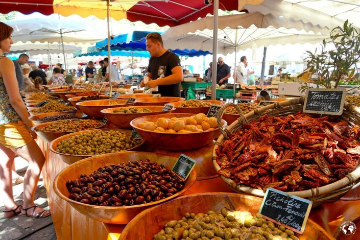 Le marché d'Ajaccio en Corse