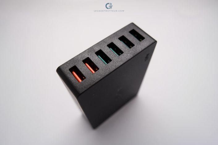 Aukey PA-T11 ports USB