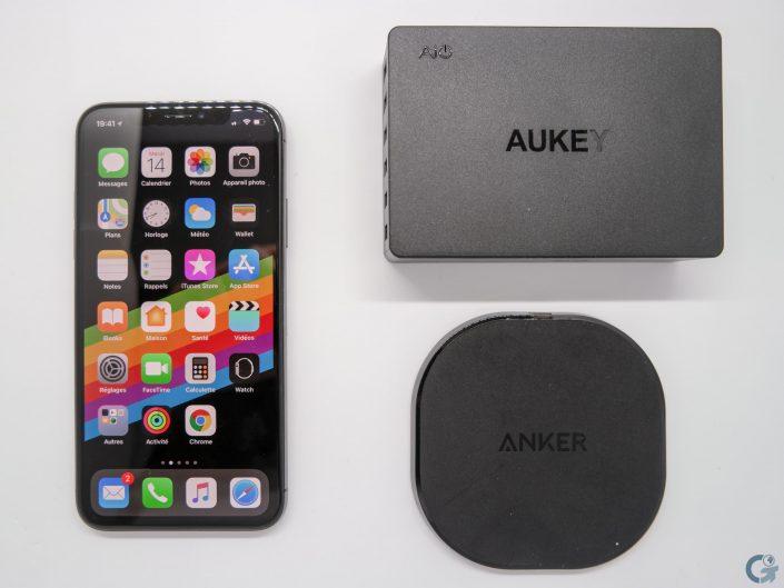 iPhone X avec Anker Powerport Qi 10 & Aukey PA-T11