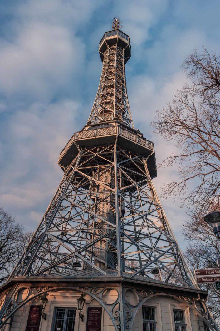 La tour de Petřín