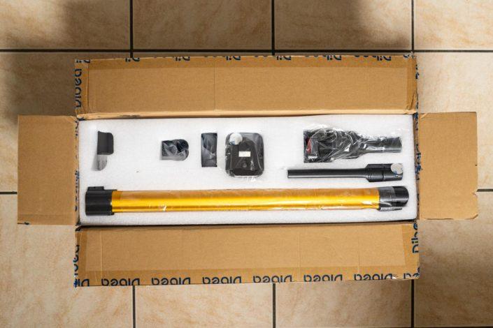 Le contenu du packaging de l'aspirateur Dibea D18