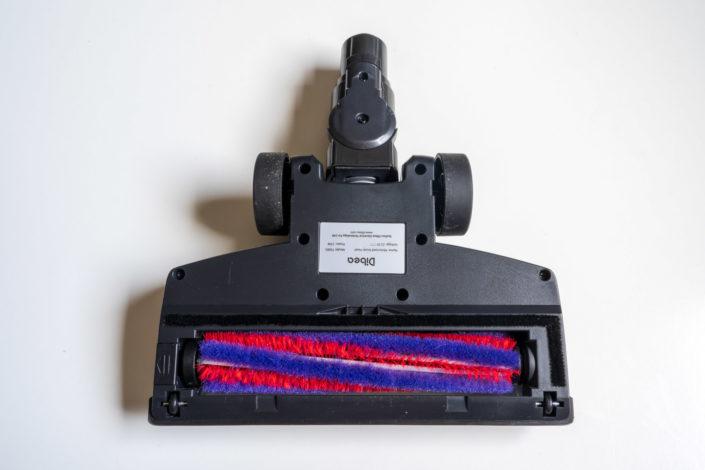 La brosse motorisée fournie avec l'aspirateur Dibea D18