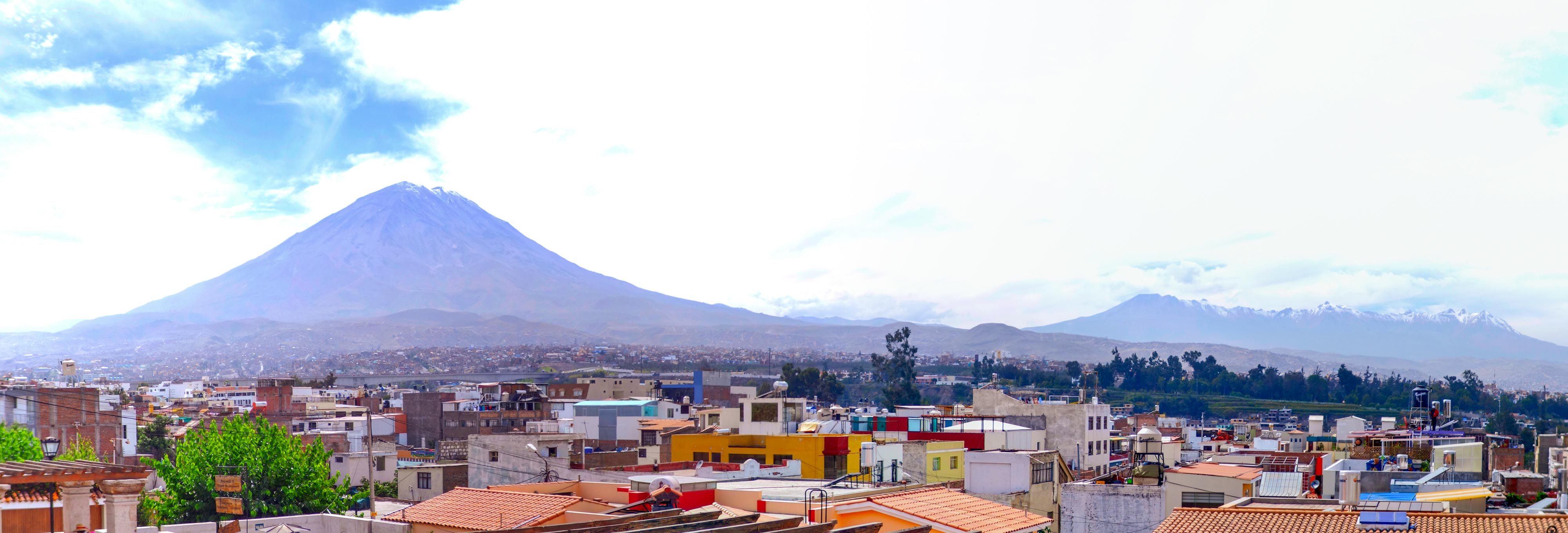 Le volcan Misti est impressionnant