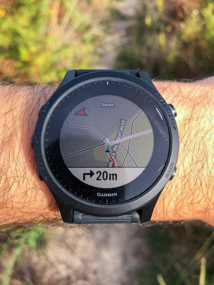 La carte par défaut pré-installée sur la montre