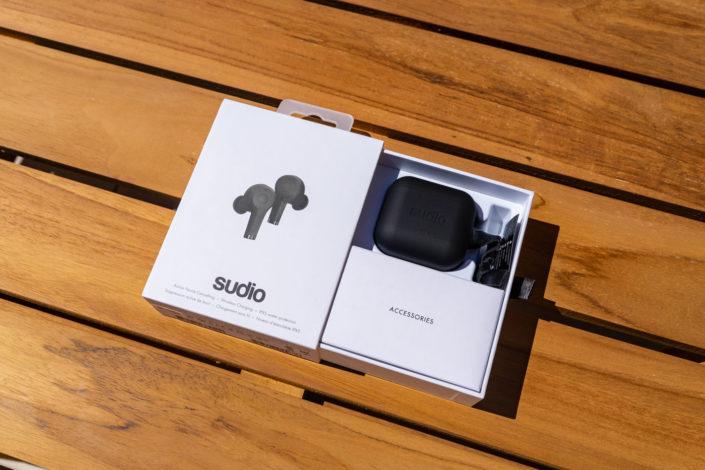Intérieur packaging boîte des écouteurs Sudio ETT