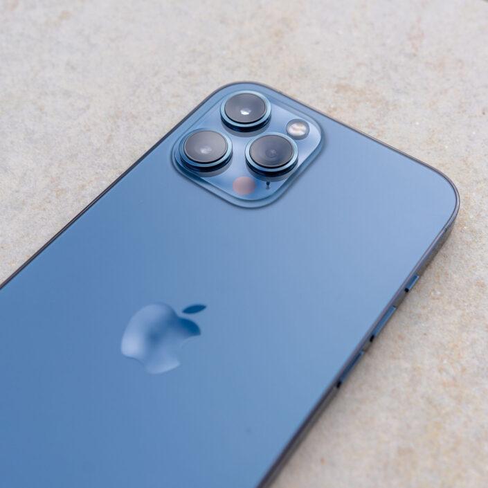 Objectifs photo iPhone 12 Pro Max Bleu Pacifique