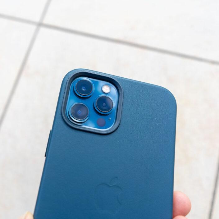 Coque Apple en cuir Bleu Baltique pour l'iPhone 12 Pro Max