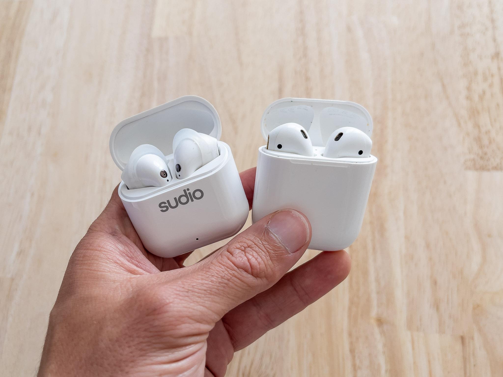Les Sudio Nio et les AirPods d'Apple